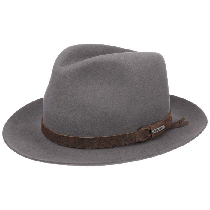 super mignon haut fonctionnaire vendu dans le monde entier Chapeaux Stetson de qualité. Un style authentique assuré.