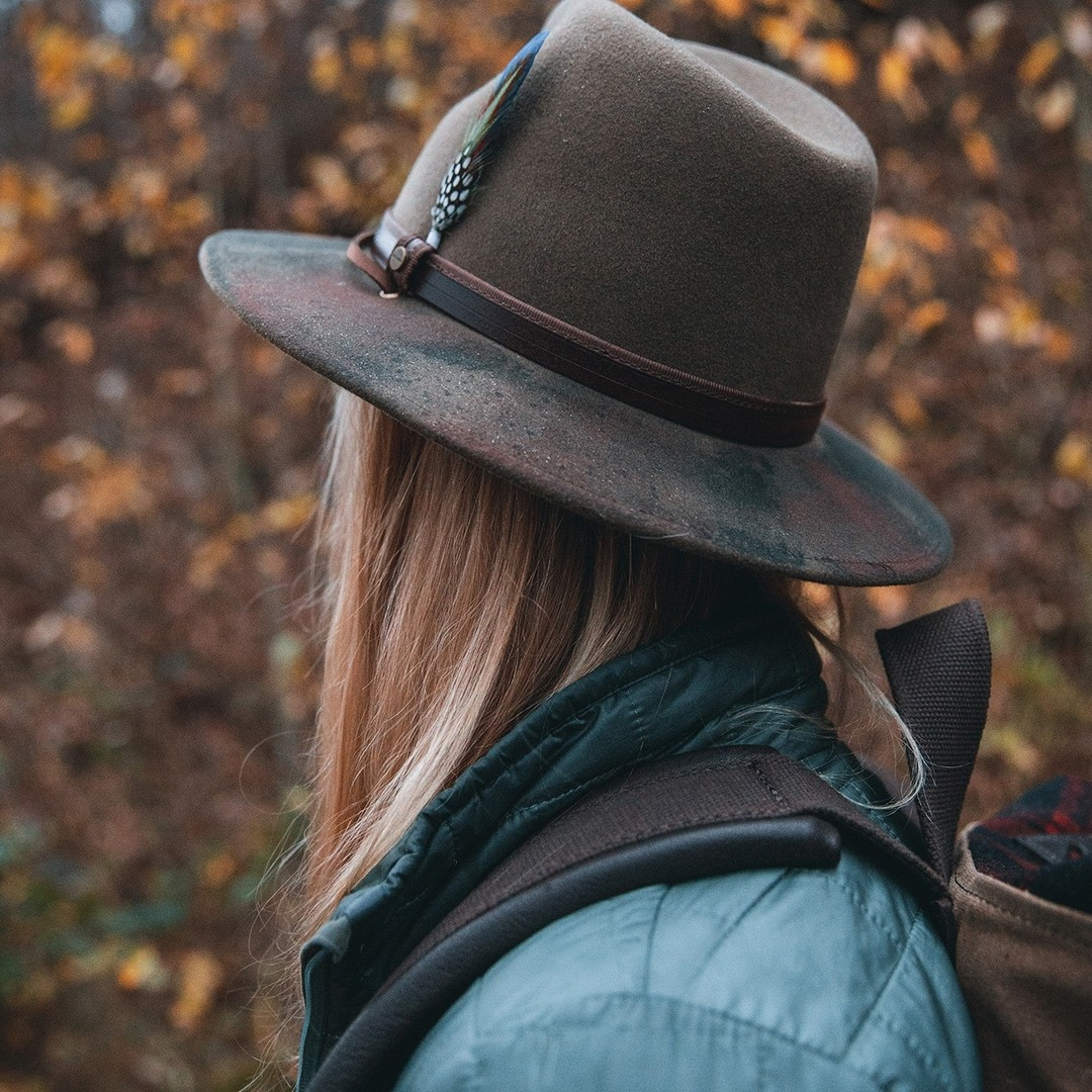 Inspired-by-the-great-outdoors--muenchmax-stetsonoutdoor-stetson-stetsoneurope-collection-autumnwinter2021-aw21-hat-hats-outdoor-nature-travelling-fashion